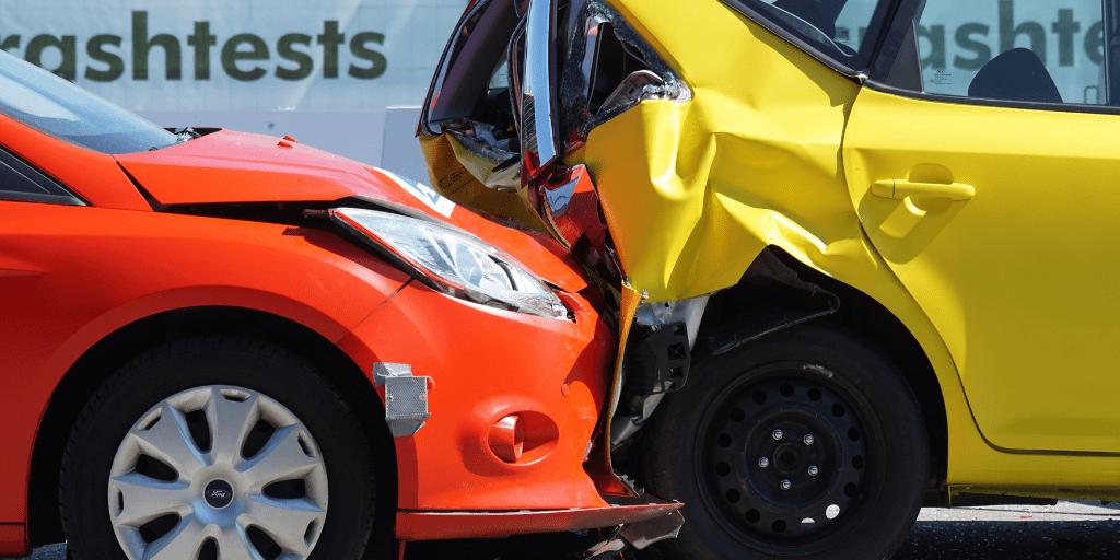 Fui un pasajero lesionado en un accidente automovilístico. ¿Cuáles son mis derechos?